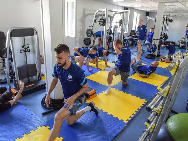 Slovenskí futbalisti počas tréningu na EURO v Petrohrade