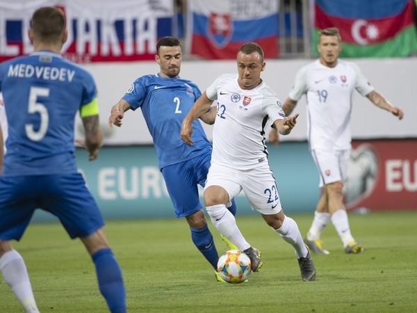 Stanislav Lobotka a Gara Garajev