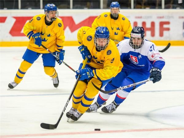 Momentka zo zápasu Slovensko - Švédsko