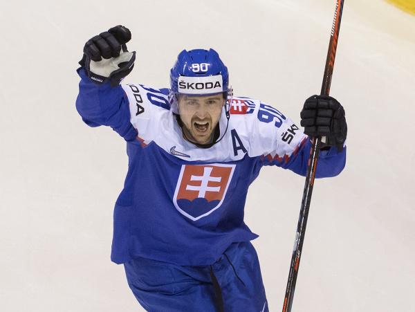 Na snímke gólová radosť Tomáša Tatara