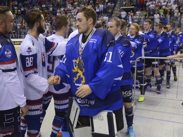 Fínsky brankár Villehart Kuusamo po finále ocenil slovenských fanúšikov