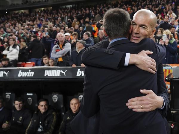 Tréneri Zinedine Zidane a Albert Celades