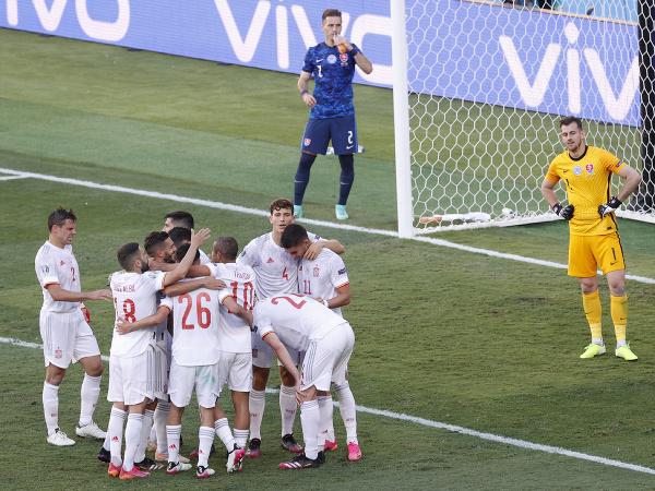 Španielska radosť po góle do siete Slovenska