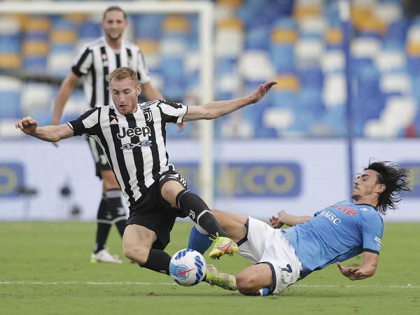 Neapol doma zdolal Juventus