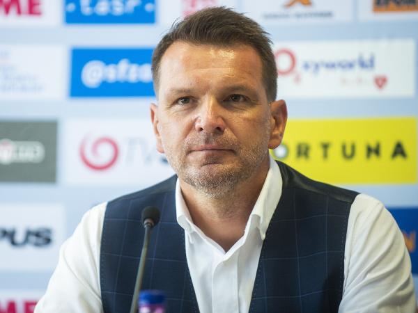 Na snímke tréner slovenskej futbalovej reprezentácie mužov Štefan Tarkovič
