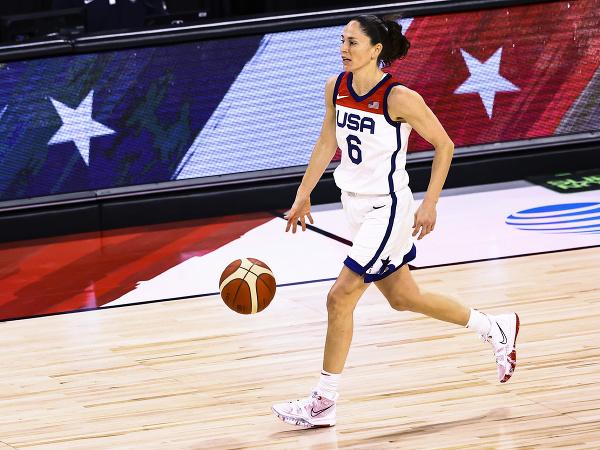 Americká basketbalistka Sue Birdová