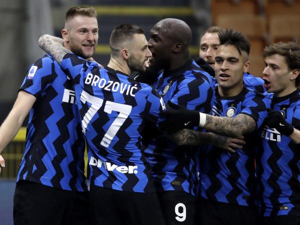 Gólové oslavy hráčov Interu