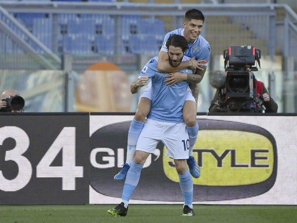 Luis Alberto a Joaquin Correa oslavujú gól Lazia