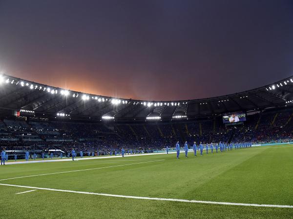 Olympijský štadión v Ríme pred začiatkom súboja Taliansko - Švajčiarsko