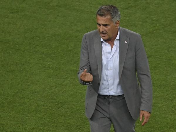 Bývalý tréner tureckej futbalovej reprezentácie Senol Günes
