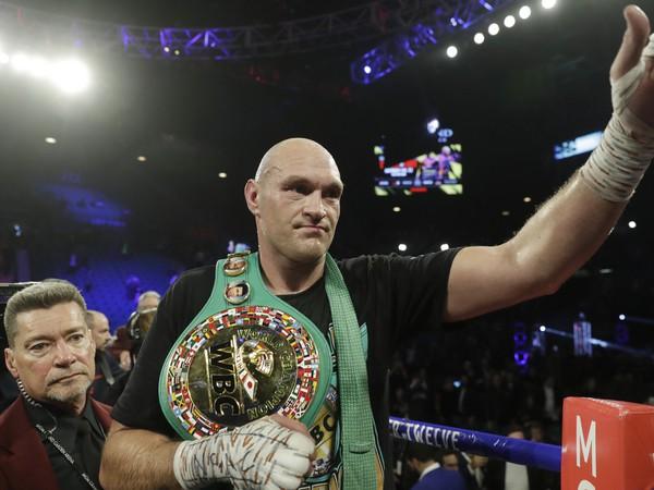 Tyson Fury je nový šampión organizácie WBC