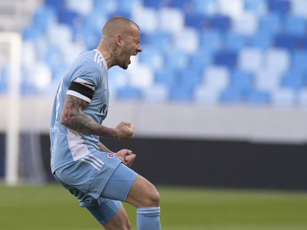 Vladimír Weiss ml. sa raduje po strelení prvého gólu