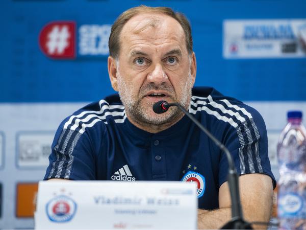 Na snímke tréner ŠK Slovan Vladimír Weiss počas tlačovej konferencie pred zápasom Slovan Bratislava - Young Boys Bern