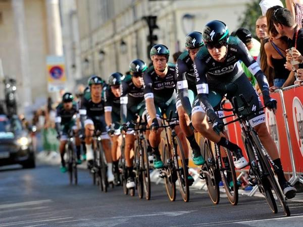Cyklisti tímu Bora-Hansgrohe