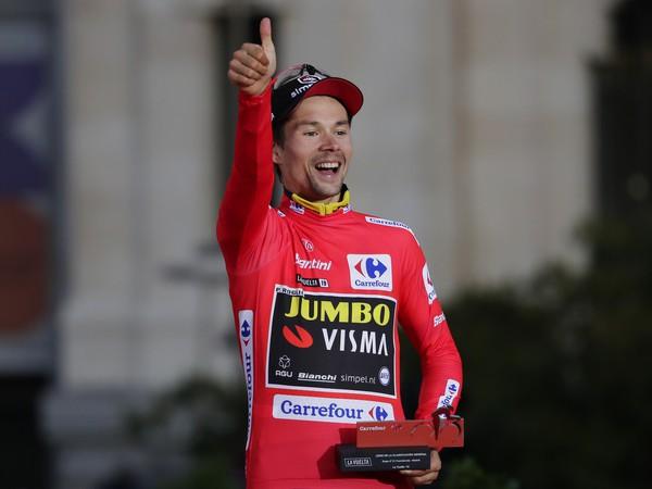 Slovinský cyklista z Teamu Jumbo-Visma Primož Roglič sa stal víťazom Vuelty a Espaňa 2019