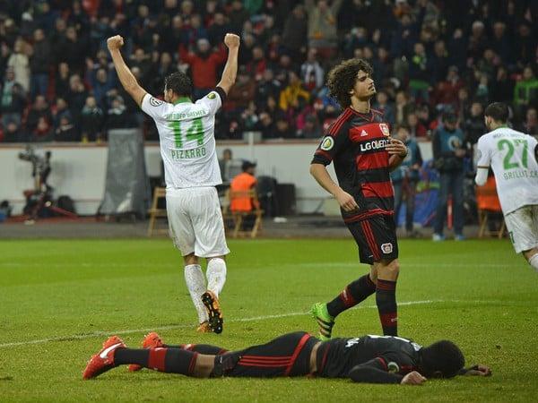 Claudio Pizarro sa raduje z gólu