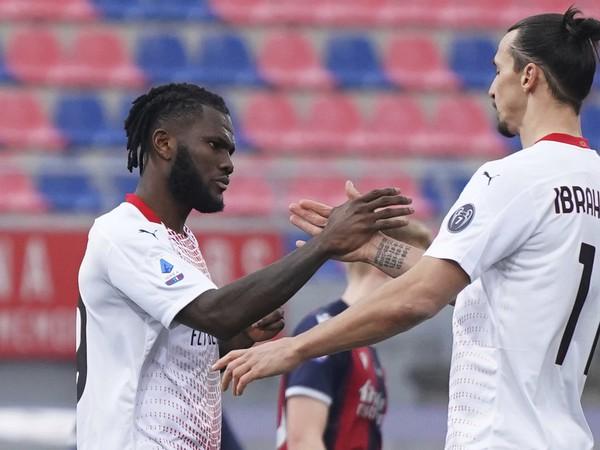Frank Kessie sa raduje spolu so Zlatanom Ibrahimovičom