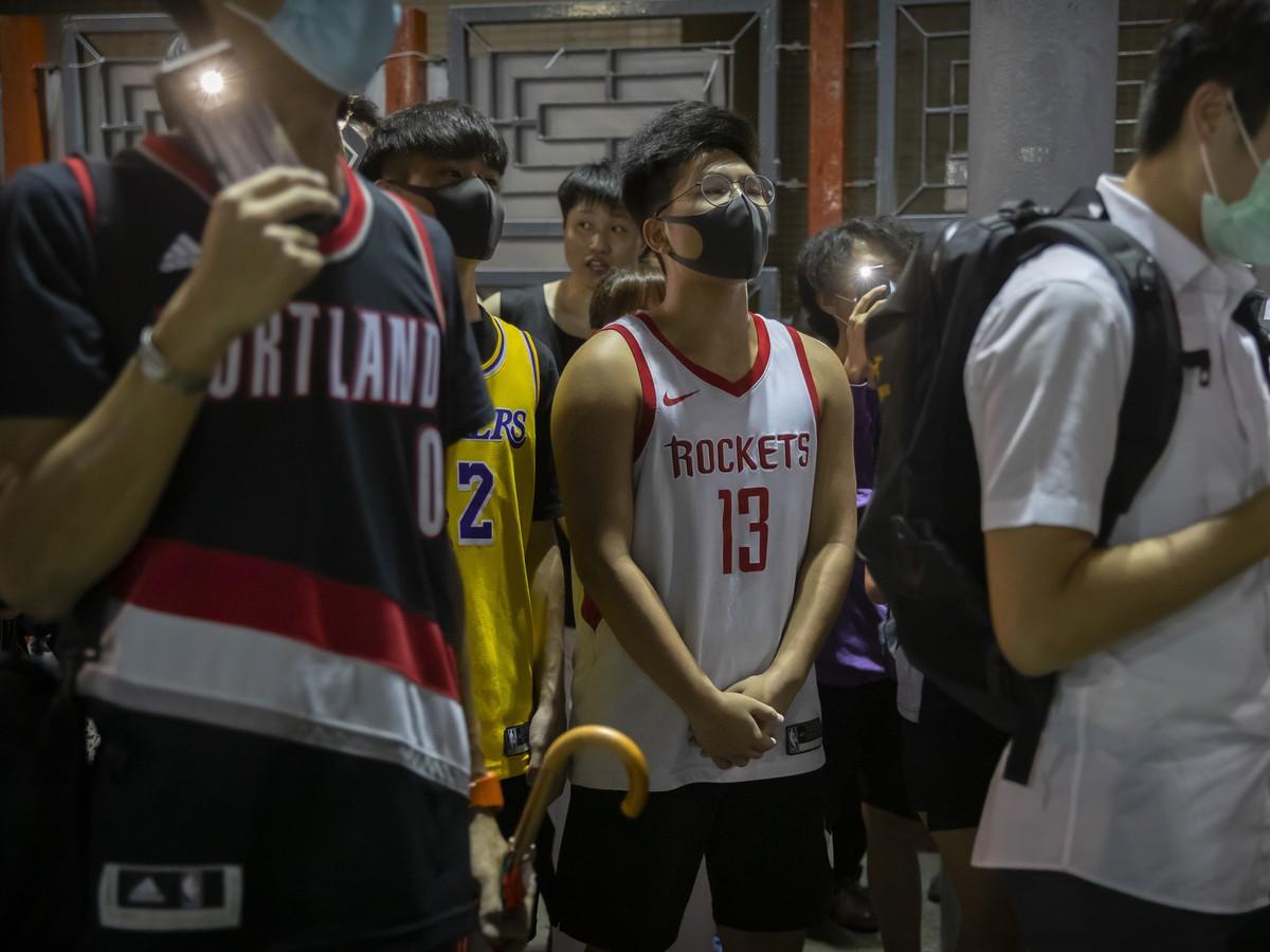 Mohutné basketbalové protesty v