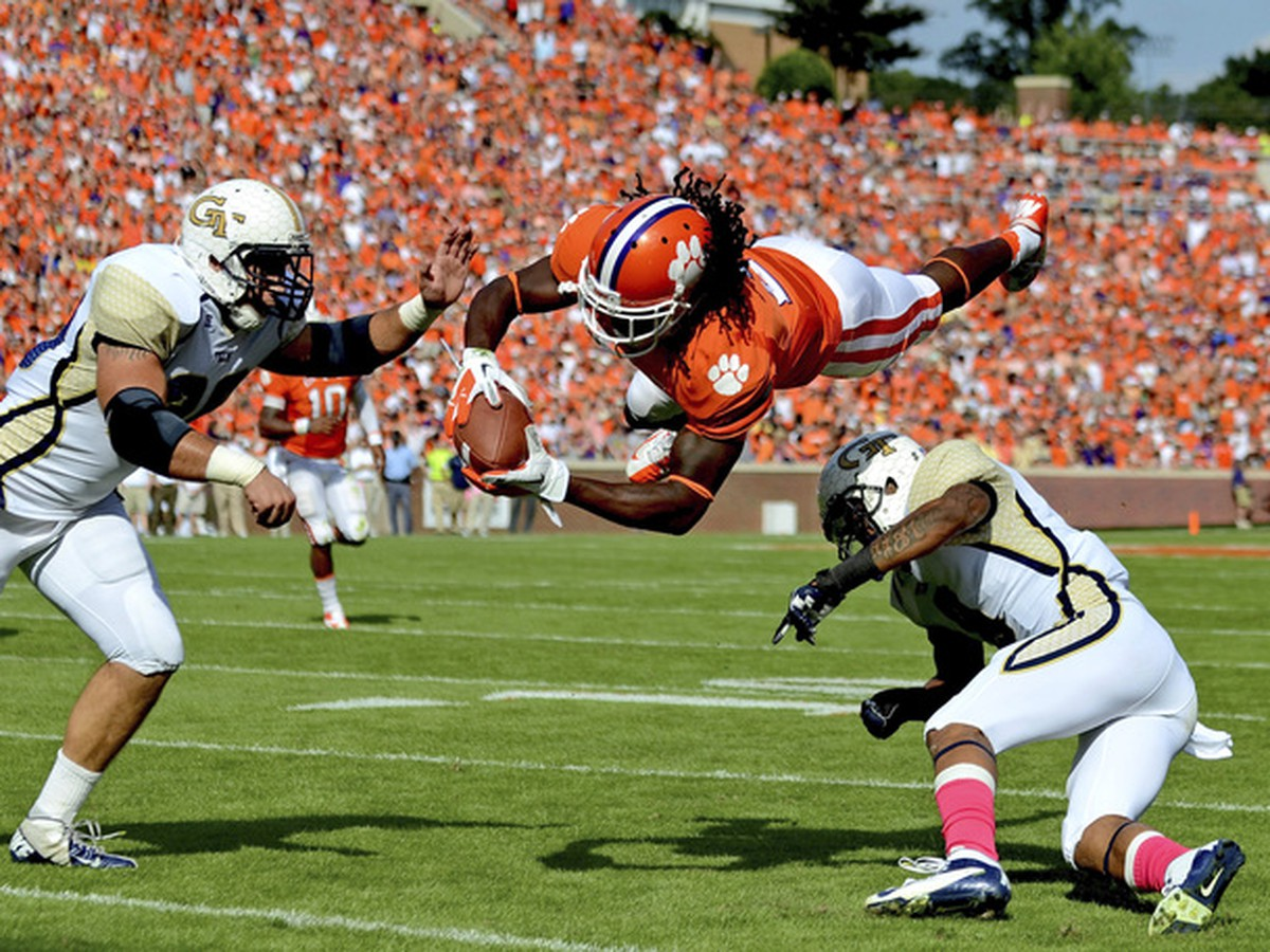 Clemson Football News and Discussion Join our community of 140000 users today 100 free!