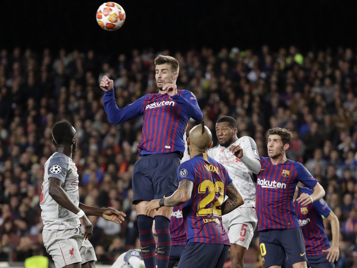 0d58ccc0af VIDEO Barcelona jednou nohou vo finále  Fenomenálny Messi pečatil ...