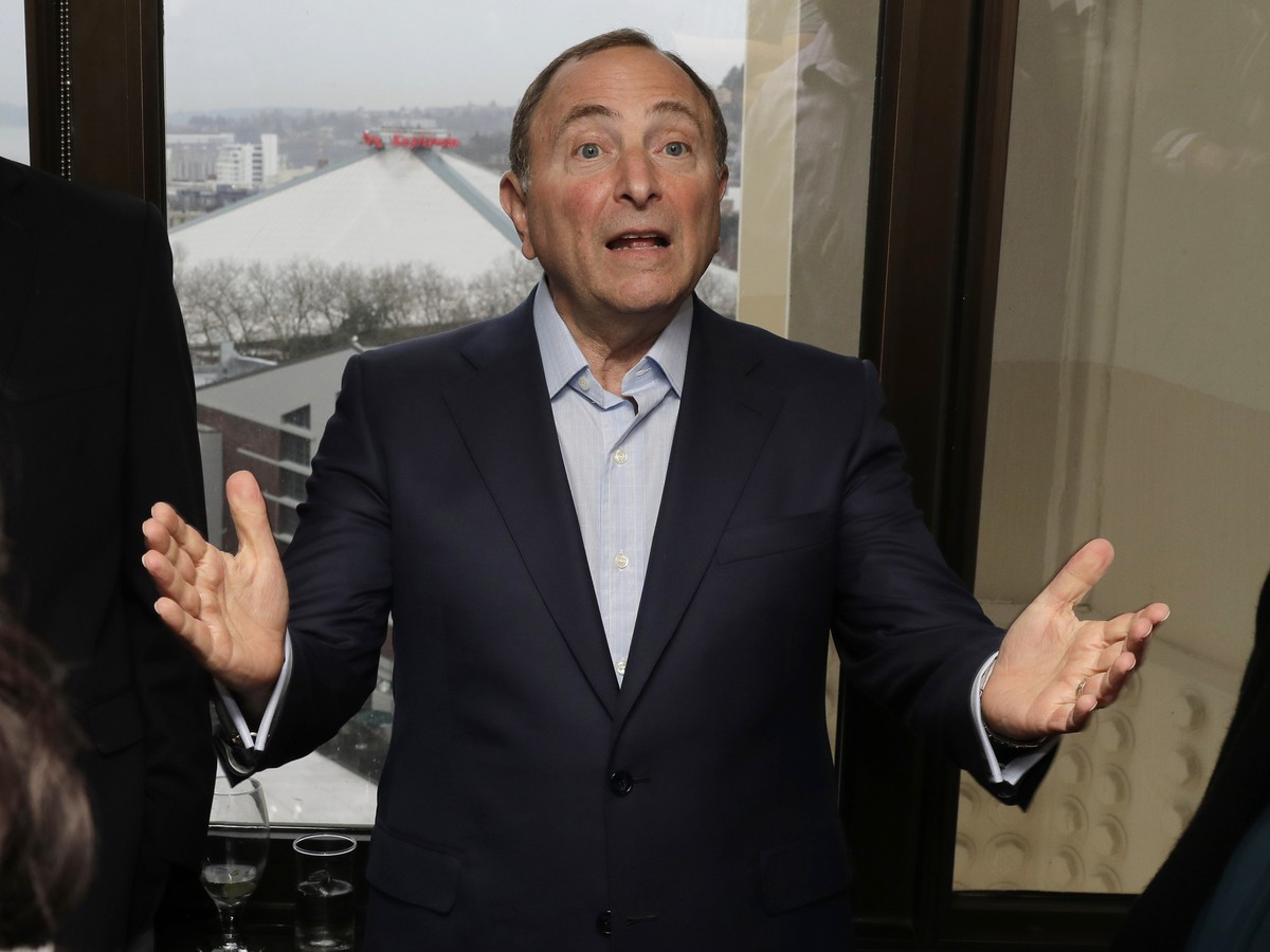 Komisár NHL Gary Bettman