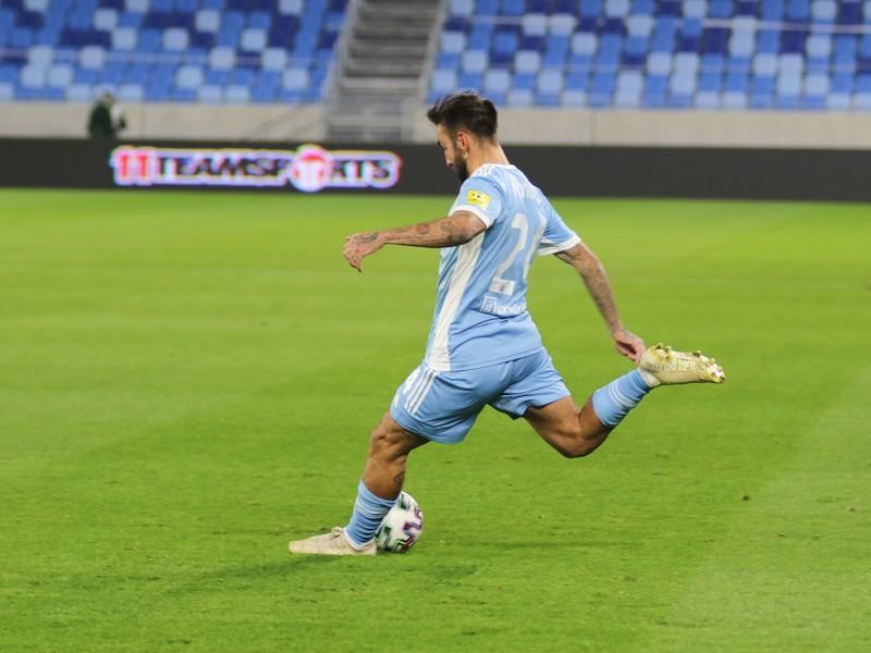 Villar Nono v drese bratislavského Slovana