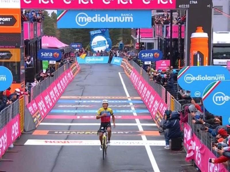 3. etapu Giro d'Italia ovládol ekvádorský cyklista Jonathan Caicedo