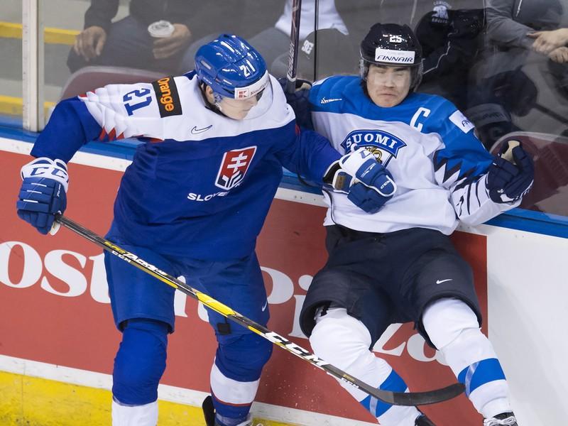 Adam Ružička v dueli proti Fínsku