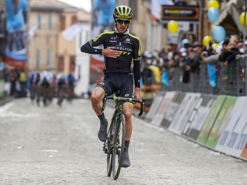 Adam Yates z tímu Mitchelton – Scott vyhral 5. etapu