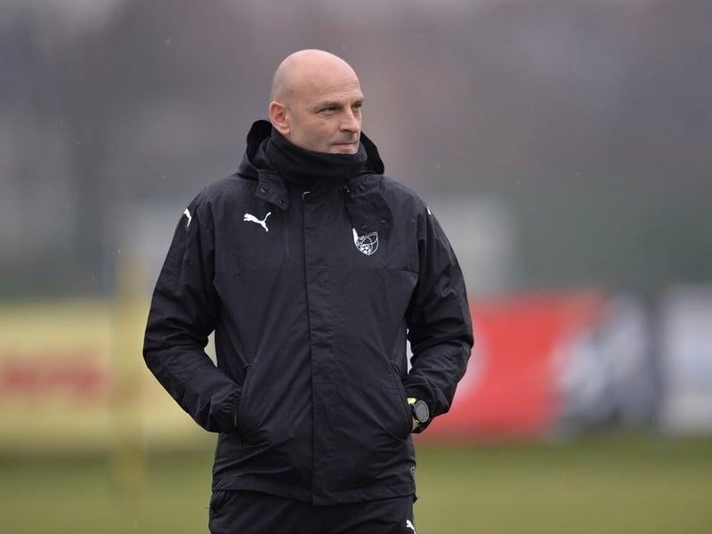 Slovenský tréner futbalistov českého klubu Viktoria Plzeň Adrián Guľa