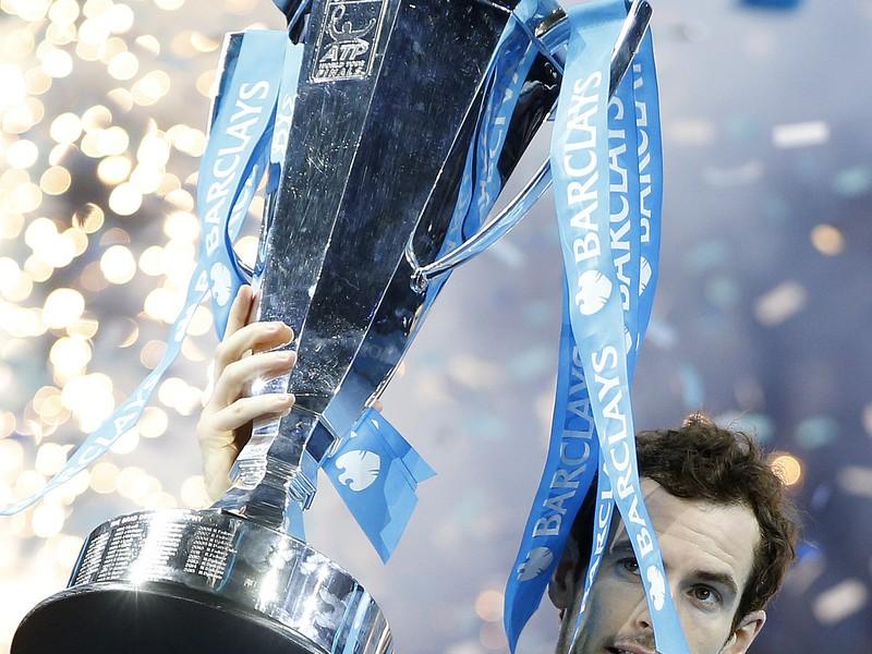 Andy Murray oslavuje titul a post svetovej jednotky