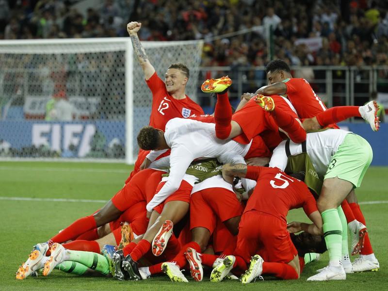 Anglicka oslavujú postup do štvrťfinále MS vo futbale