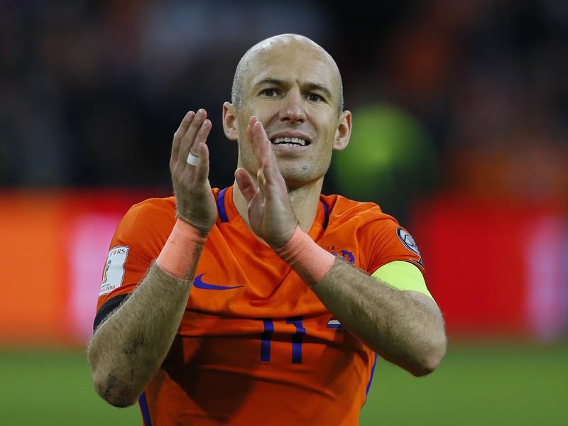 Arjen Robben sa rozlúčil s reprezentáciou dvomi gólmi