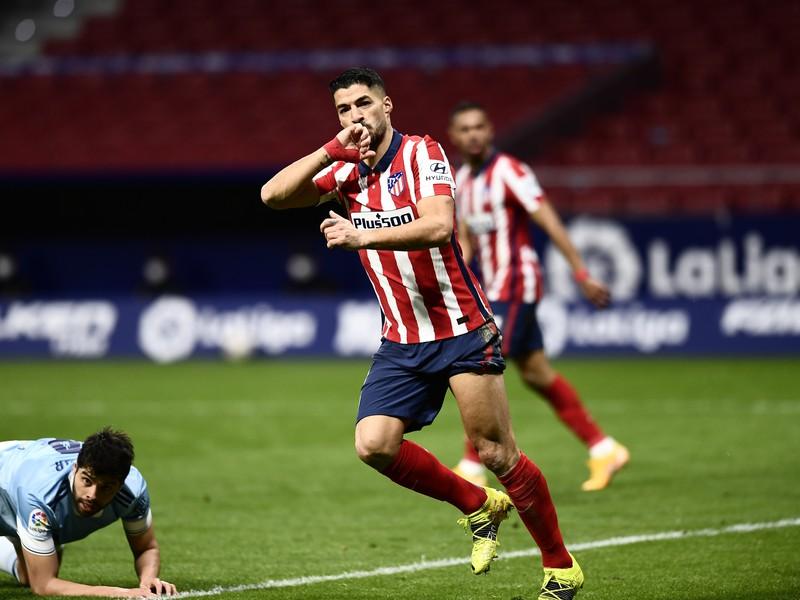 Luis Suarez oslavuje gól do siete Celty Vigo