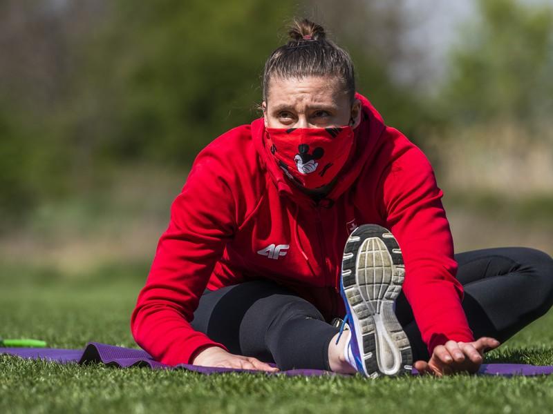 Na snímke športová gymnastka Barbora Mokošová