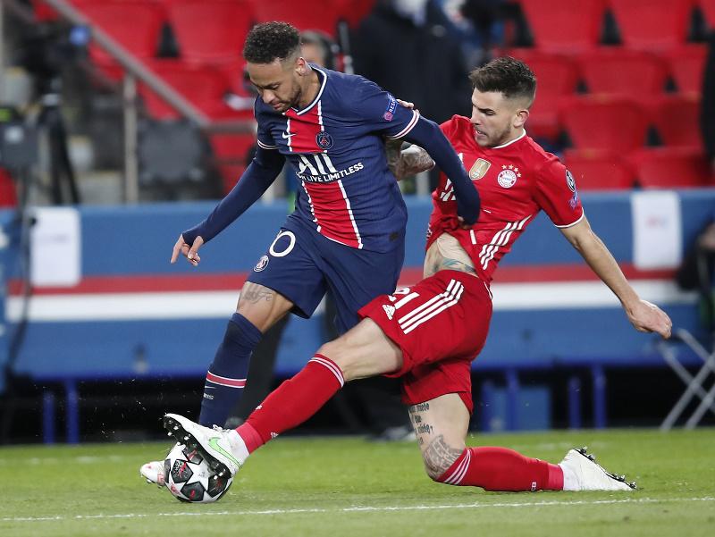 Neymar a Lucas Hernandez v súboji
