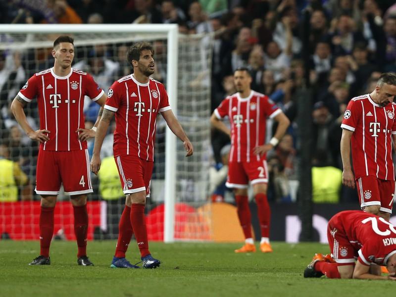 Smutní hráči Bayernu po vypadnutí s Realom