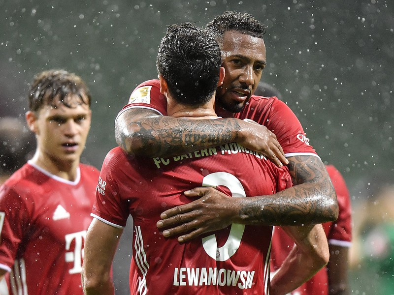 Robert Lewandowski a Jerome Boateng