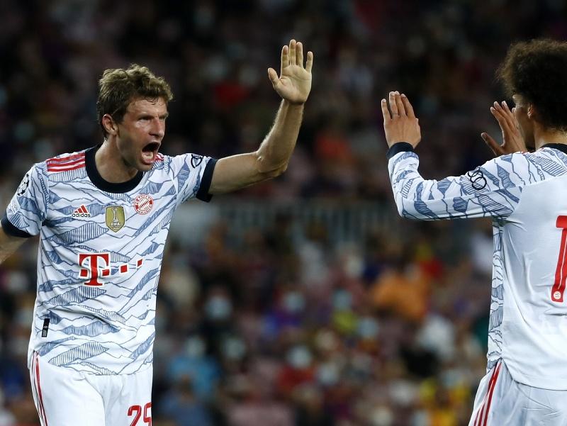 Futbalista Bayernu Thomas Müller sa teší po strelení gólu