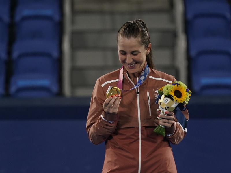 Švajčiarska tenistka Belinda Benčičová sa stala olympijskou víťazkou