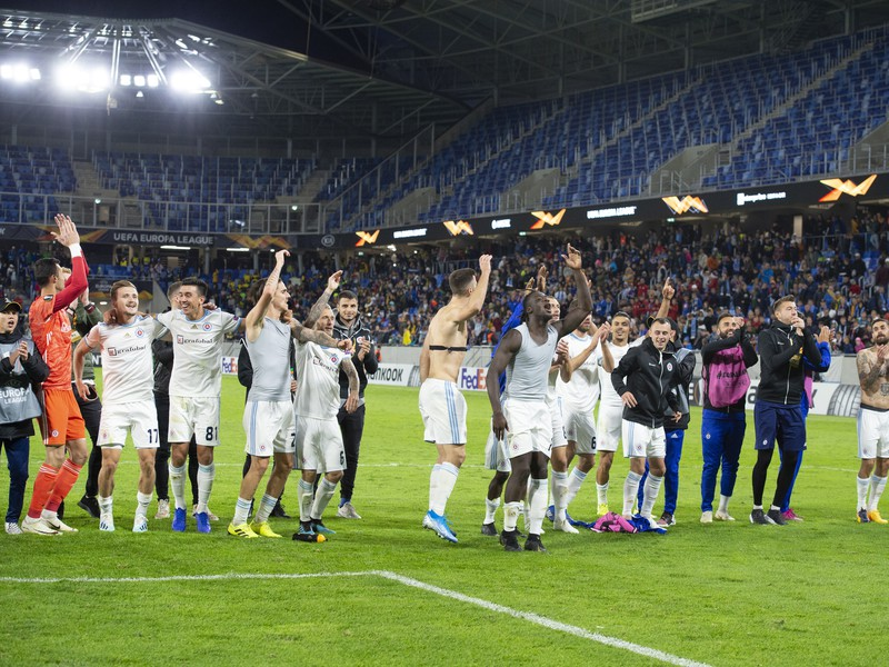 Radosť hráčov Slovana po výhre nad Besiktasom Istanbul