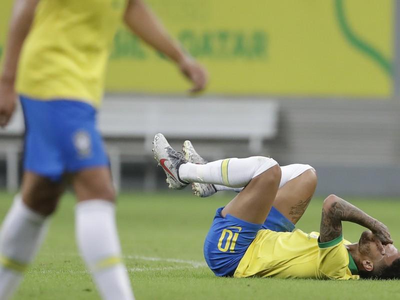 Neymar sa nepríjemne zranil
