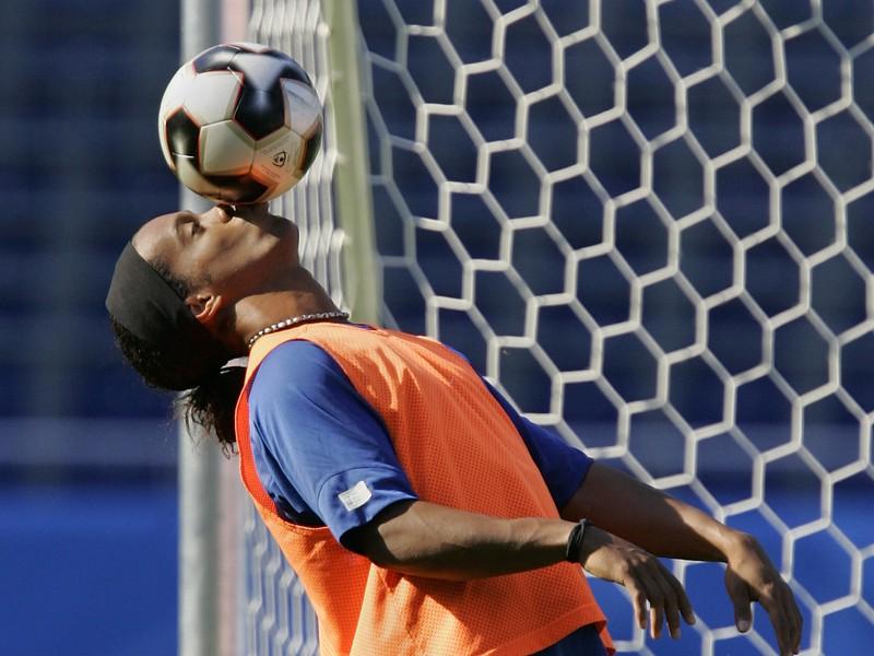 Loptový kúzelník Ronaldinho bavil miliardy fanúšikov svojím umením