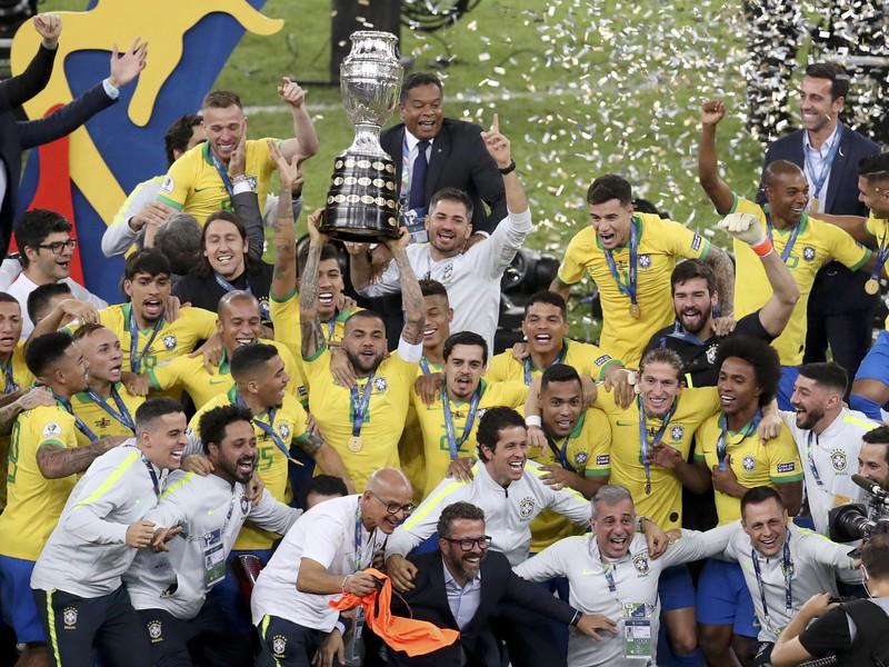 Brazília porazila vo finále Peru a je šampiónom Copa America