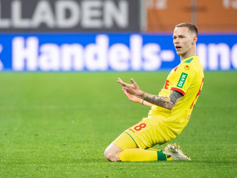 Slovenský futbalista Ondrej Duda z Kolína sa teší z gólu