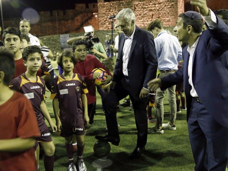 Carlo Ancelotti trénoval deti v Jeruzaleme