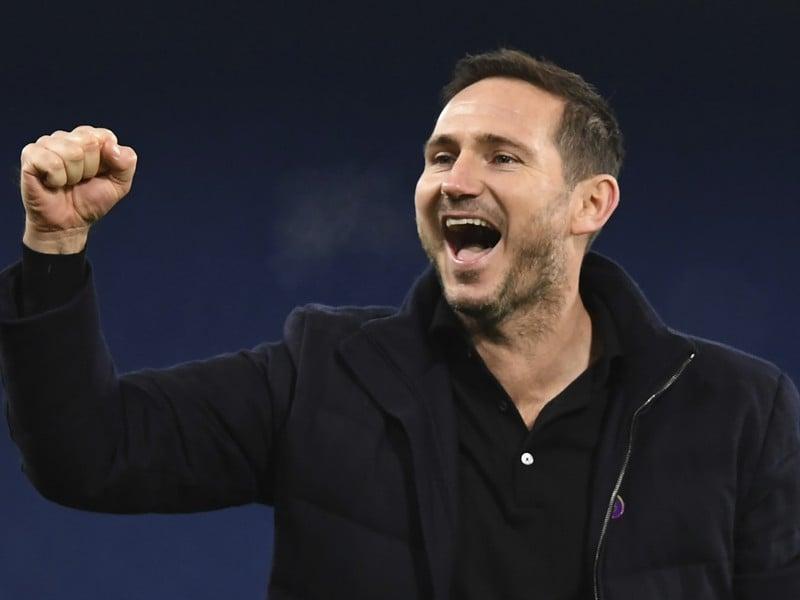 Frank Lampard oslavuje triumf Chelsea