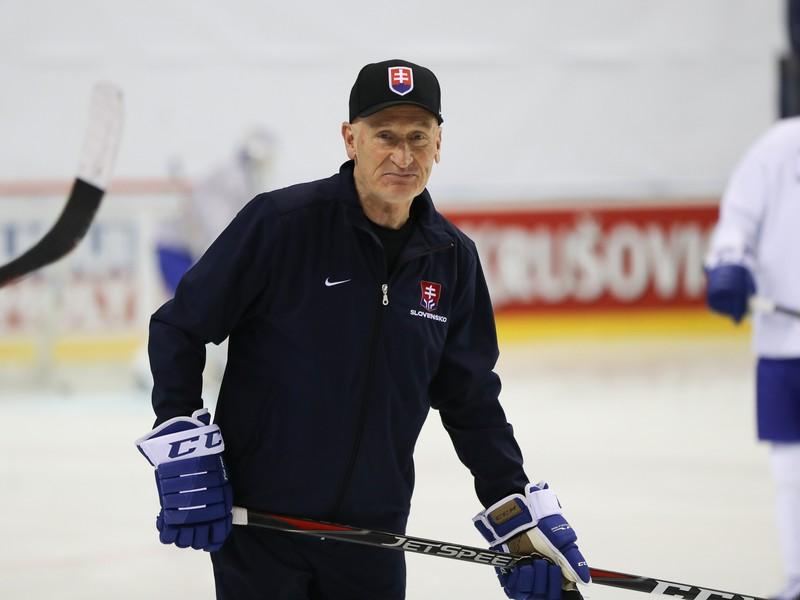 Tréner slovenskej hokejovej reprezentácie Craig Ramsay