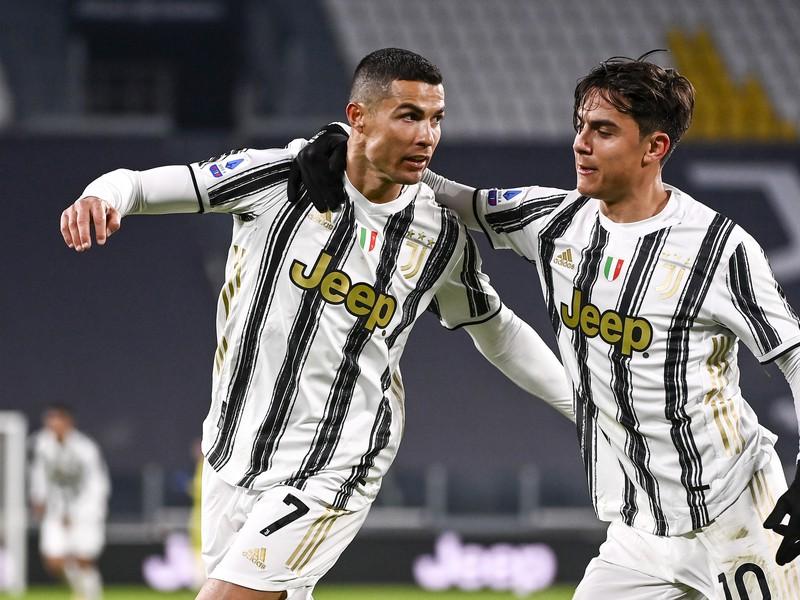 Cristiano Ronaldo a Paulo Dybala