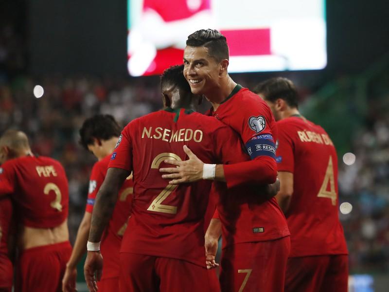 Cristiano Ronaldo oslavuje gól